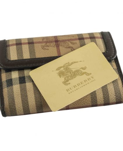 Shop authentic Pre owned Luxury Wallet My Luxury Bargain Burberry HAYMARKET CHECK CONTINENTAL WALLET