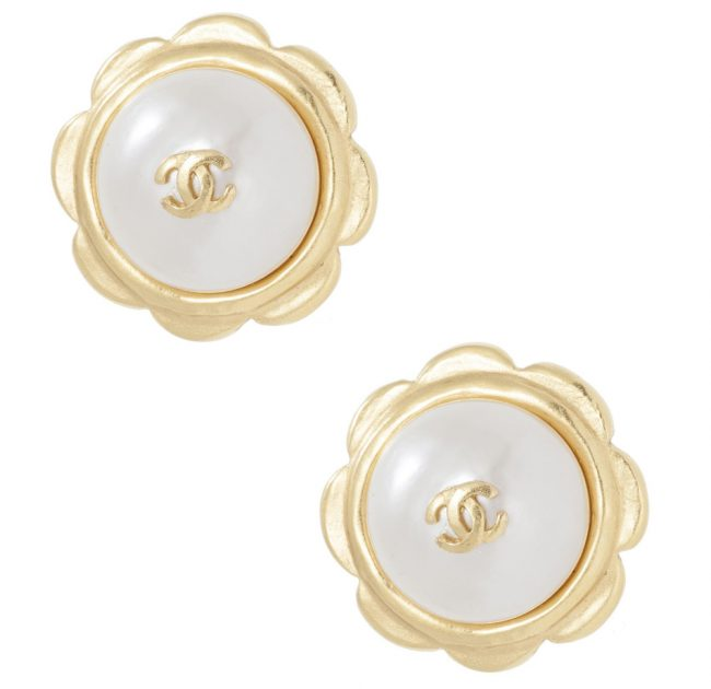 Shop Chanel Online India My Luxury Bargain Chanel Vintage Pearl Flower Clip Earrings 1997