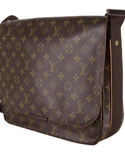 louis vuitton bags for men. shop louis vuitton men bags online india my luxury bargain louis vuitton monogram beaubourg messenger bag for