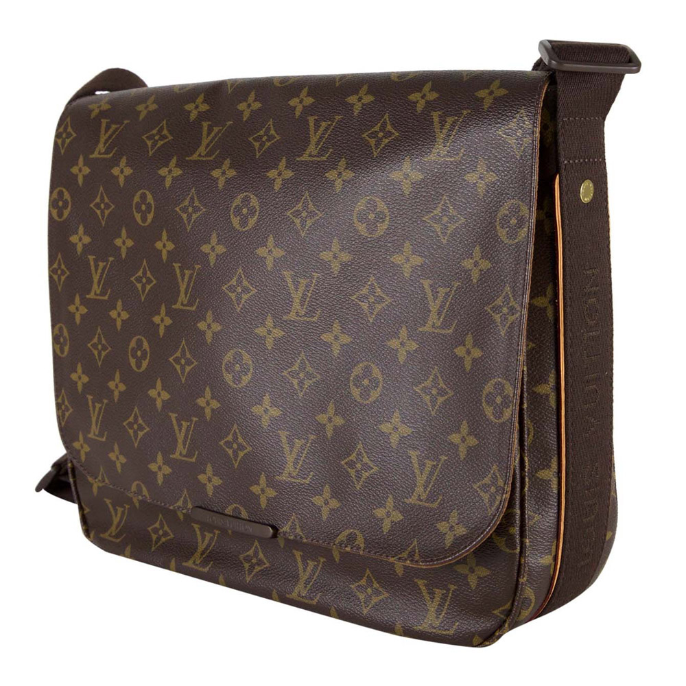 Shop Louis Vuitton Beaubourg Messenger MM Bag Online