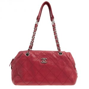 Chanel Red Shoulder bag