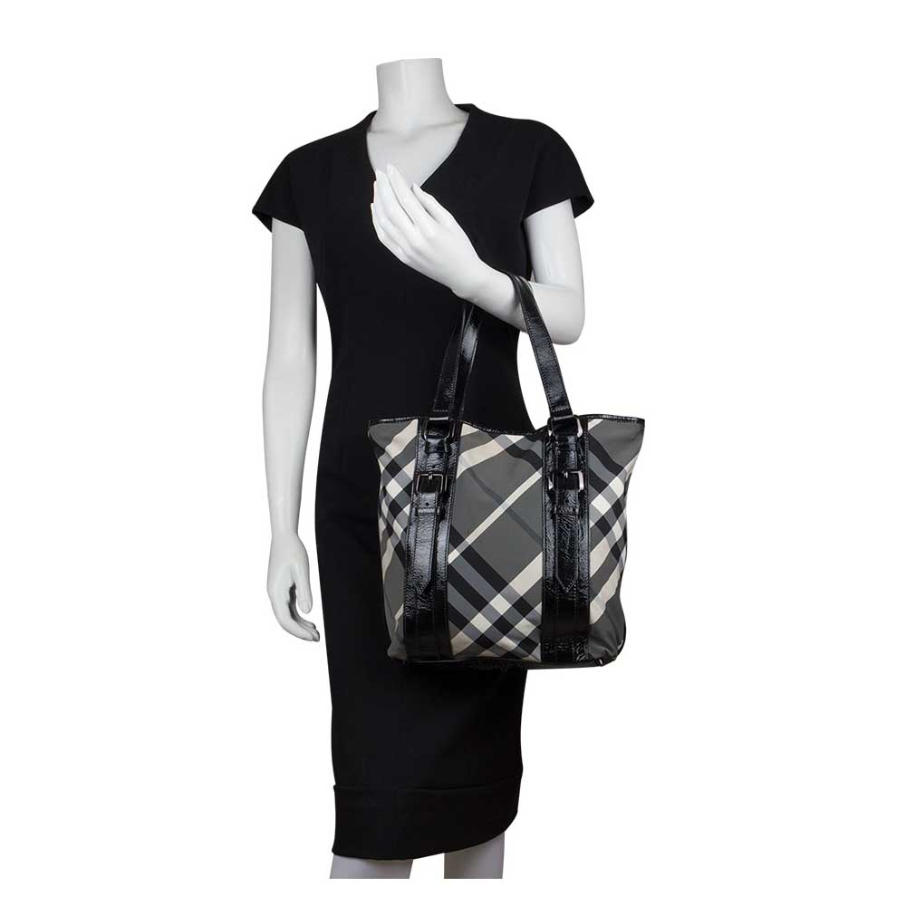 6f203df286 Burberry Black Beat Check Nylon Lowry Tote Handbag