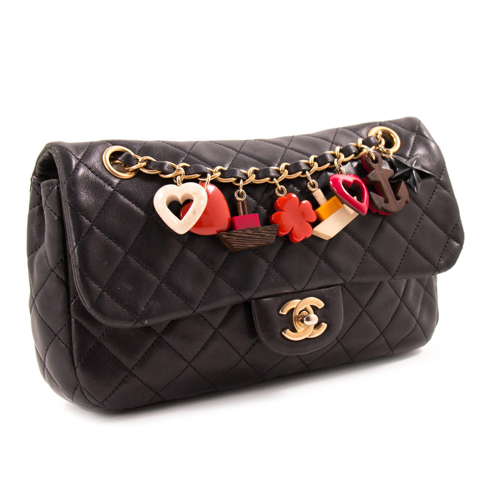 b3ada0bee9d8 Chanel Small Black Quilted Handbag - Image Of Handbags Imageorp.co