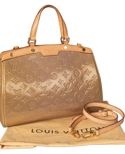 Louis Vuitton Beige Poudre Monogram Vernis Brea Mm Handbag